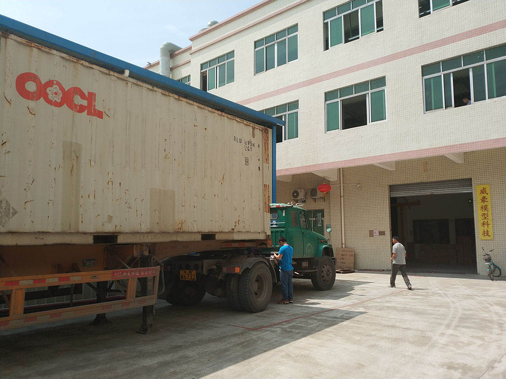 Joysway Factory Shipping Container Goods to Customer11